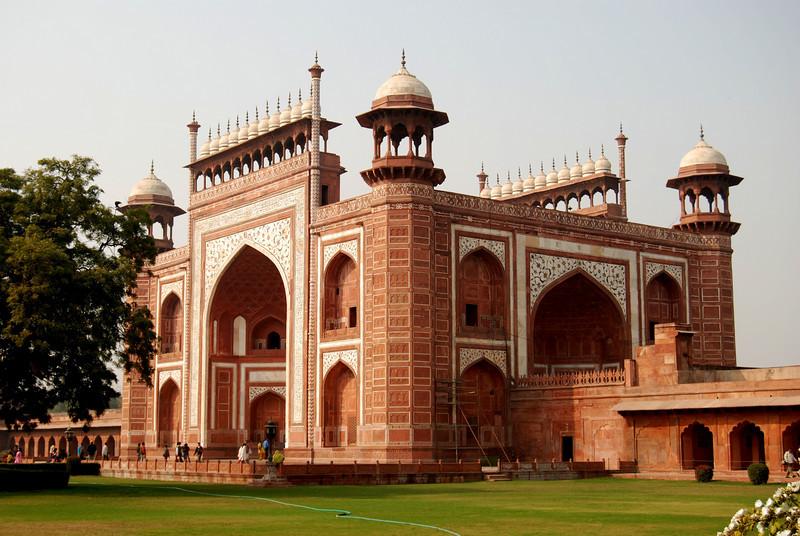 Entrance To The Taj Mahal (Agra)