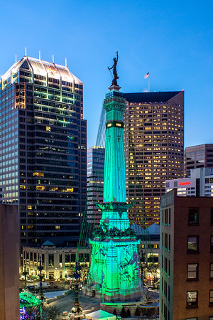 Monument Circle - Circle of Lights