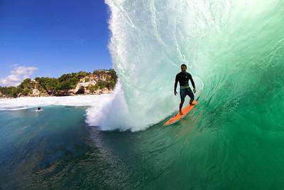 Bruno Santos Surfing Padang