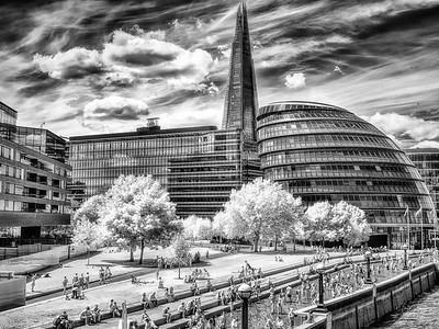 London - Unseen Light II - City Hall & The Shard