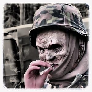 Zombie Fag Break