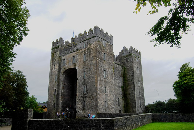 Bunratty Castle; County Claire