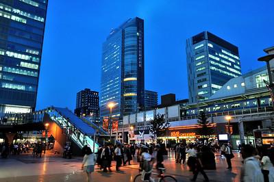 秋葉原駅 (Akihabara Train Station)