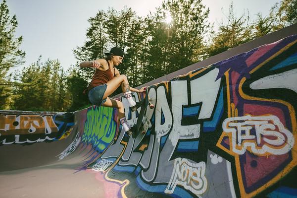 Jen Valenzuela, skateboarding