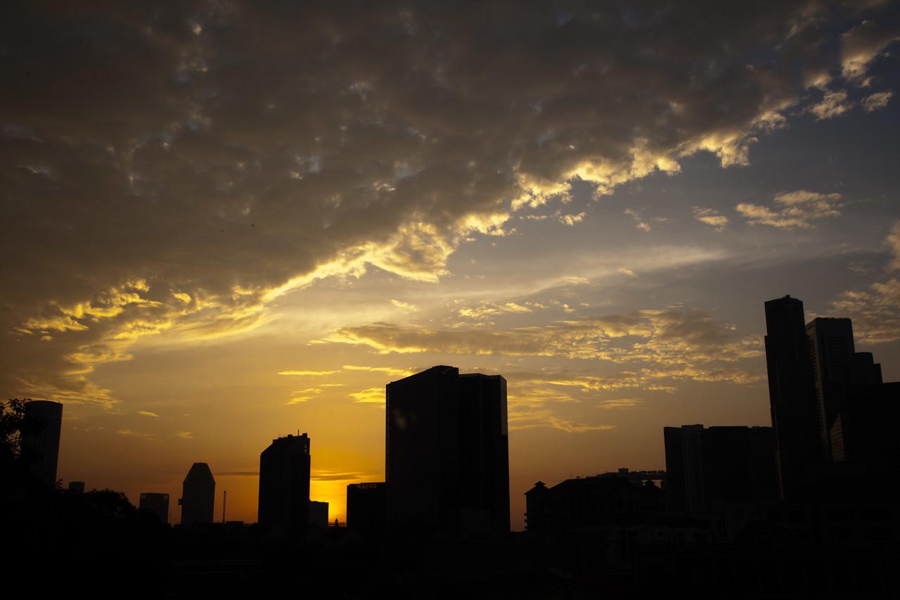 7.00am - Sunrise around Singapore River<br /> Singapore<br /> 03/2012