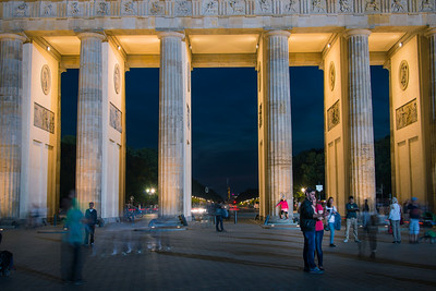 Tourist around the Brandenburg Gate, Berlin
