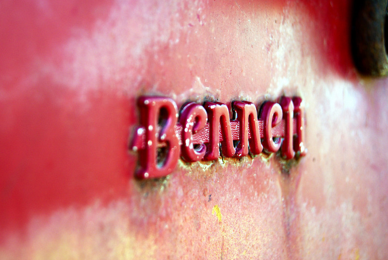 Bennett gas pump emblem near Roswell, NM