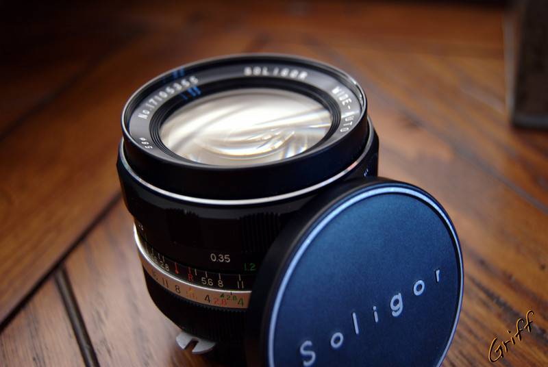 A mostly full view of my Soligor 28mm lens
