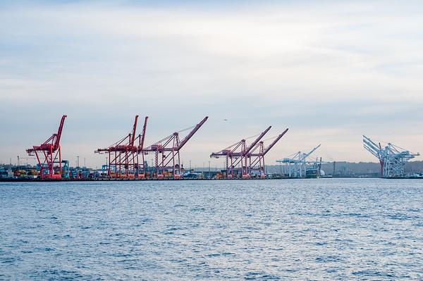 Seattle-Washington-photo-by-Gabe-DeWitt-21