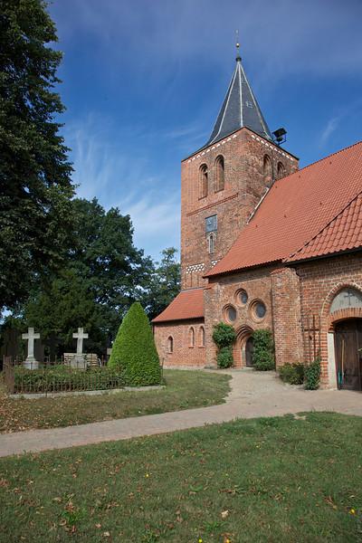Dorfkirche St. Laurentius zu Kalkhorst 3