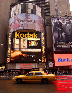 Thanks to 4labs for taking these pictures of my KPOTD at Times Square NYC