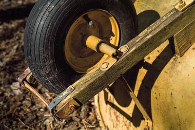 wheelbarrow-1469
