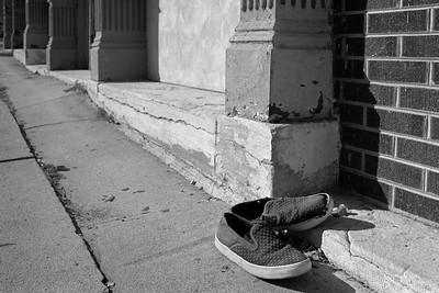 sidewalk_sneakers-t0941