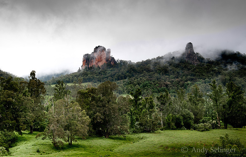 Nimbin Rocks, Misty Morning