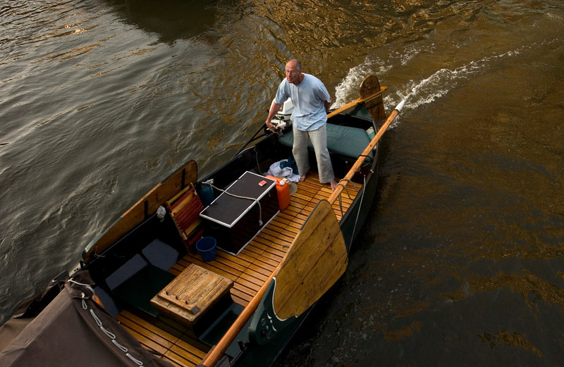 <h4>On The Move</h4>Amsterdam, Holland