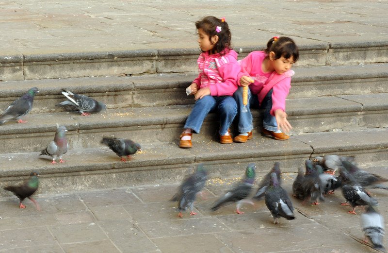 <h4>Sisters</h4>Lima, Peru
