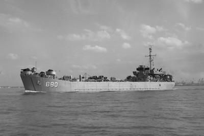 USS LST-880