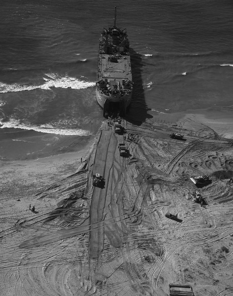 USS LST-692