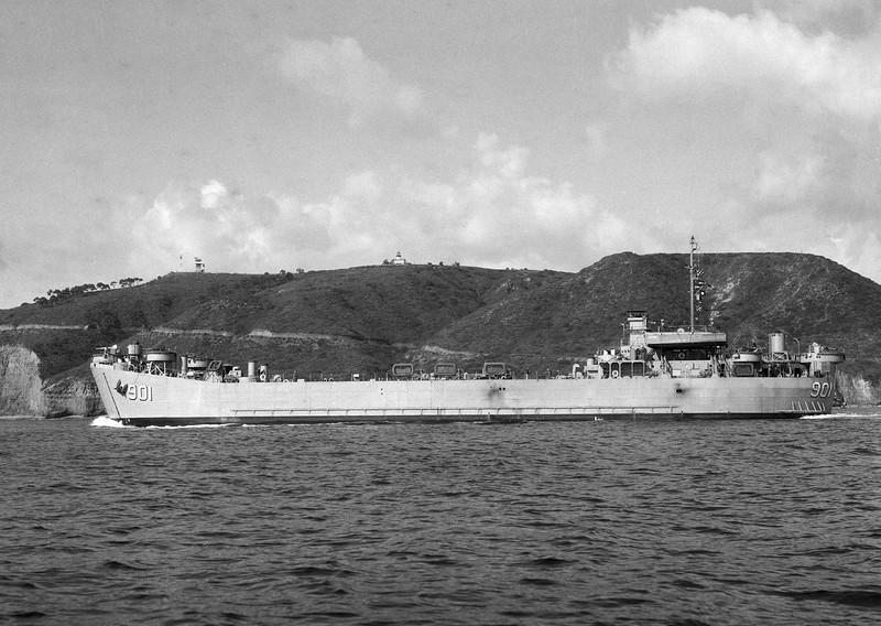 USS LST-901