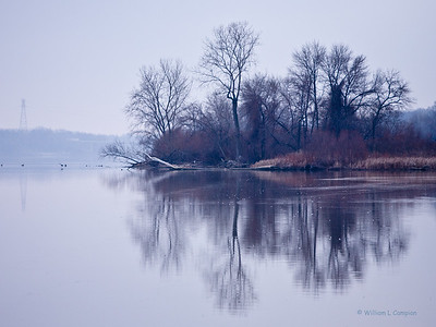 Grey Winter day on The Maume River in Toledo