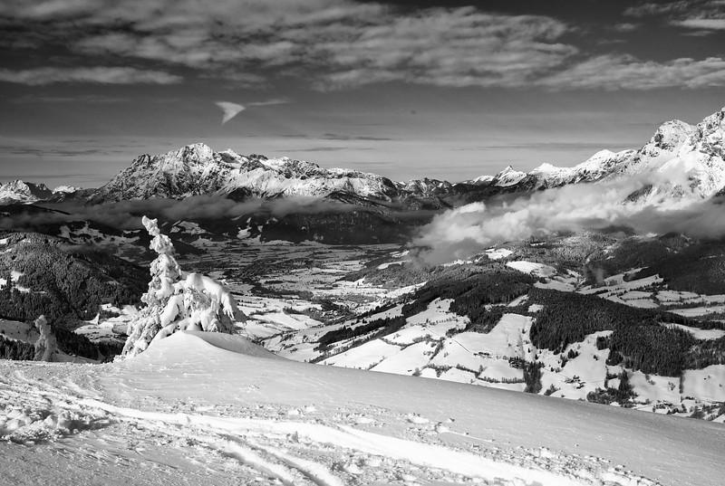Skitour mit Emil, Emil sen, Tom und Joe Morbachhöhe (Marbachhöhe!) mit Abfahrt Richtung Dienten, insges. ca. 980 h.meter, Sonne, toller frischer Pulverschnee!
