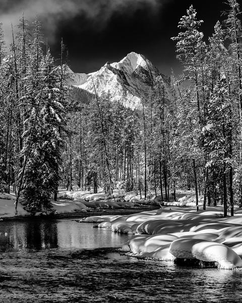 Redfish Lake Creek and mountain range