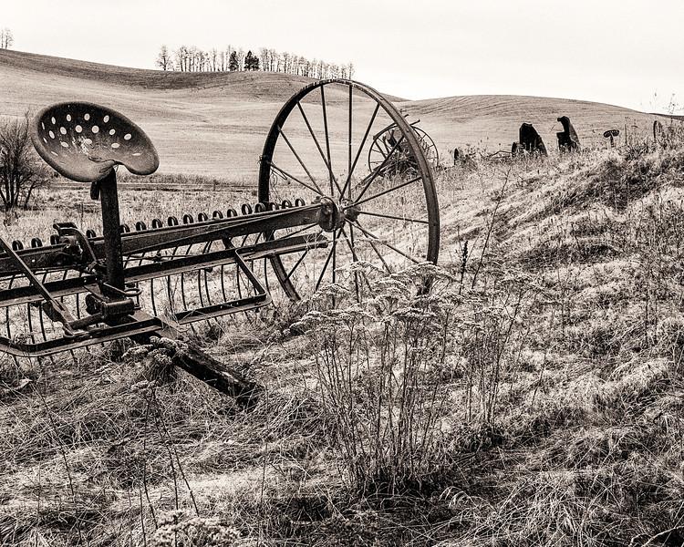 Grinnell Field Rake