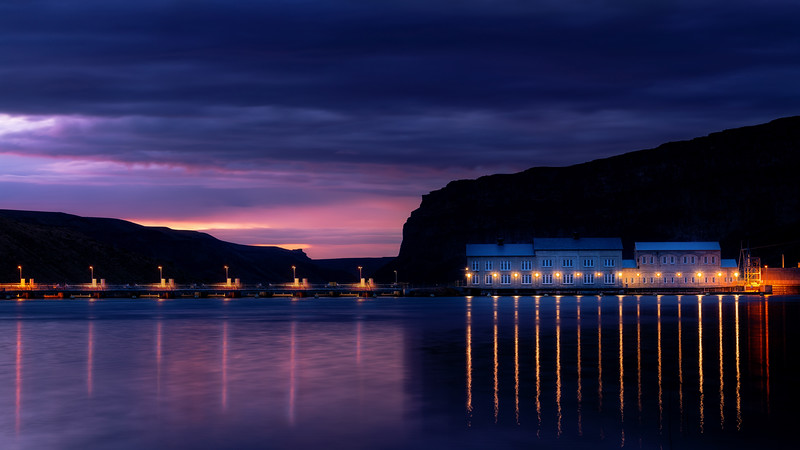 Night lights on a fancy hydroelectric dam on the Snake River in Idaho
