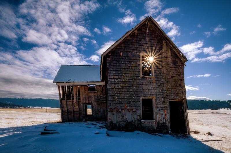 Settlers House High Valley winter scene