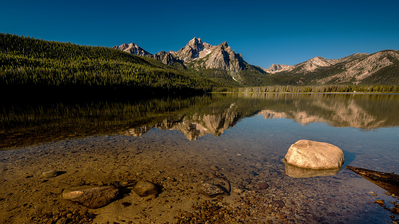 Stanley Lake reflection in the early morning light