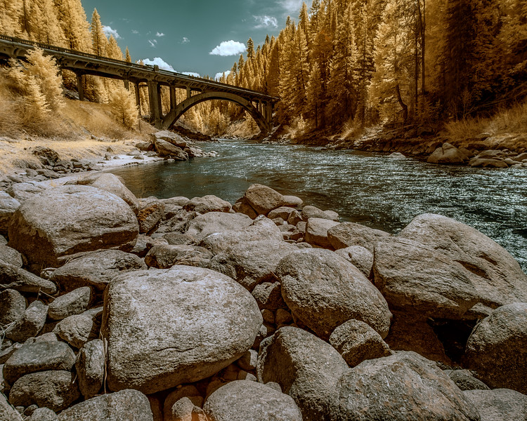 Rainbow Bridge on the Payette River using Infrared treatment