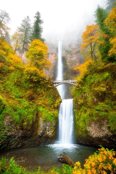 Multnomah Falls in full autumn colors