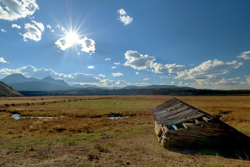 Idaho Sawtooth mountains and old Barn