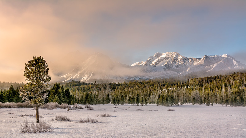 Swtooth Mountains winter morning sunrise
