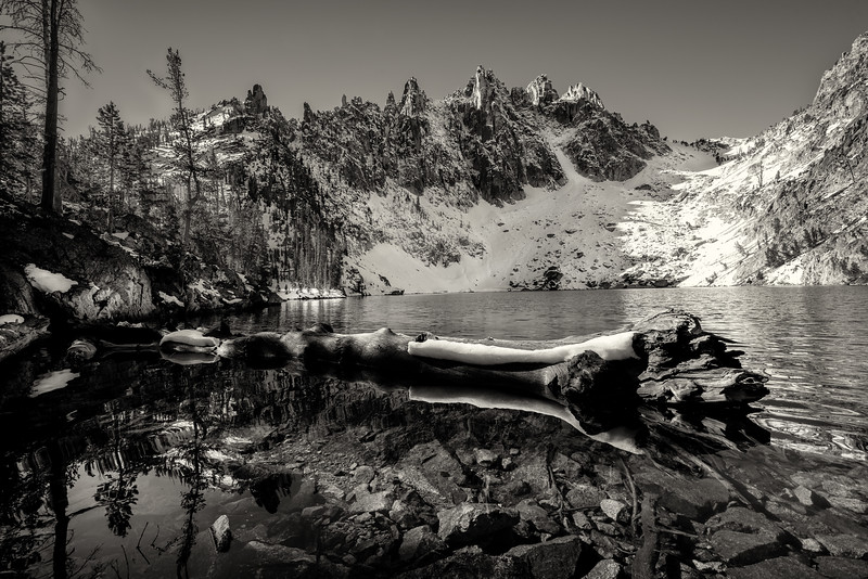Fall morning at teh highest of the Bench Lakes in the Sawtooths