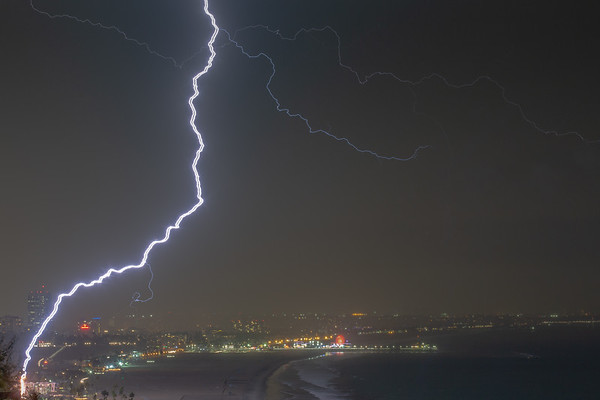Lightning in Pacific Palisades