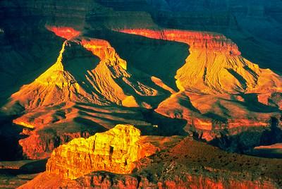 """Canyonlands Sunset"""