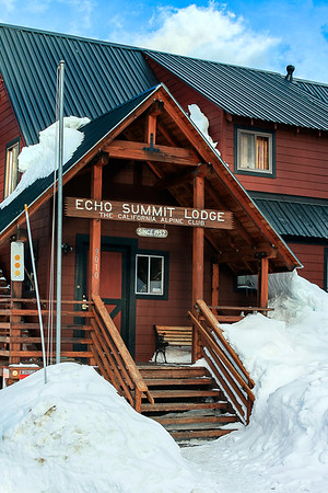 Echo Summit Lodge - South Lake Tahoe