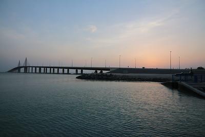 2013_07_25, Hodriyat Bridge, Bateen Beach