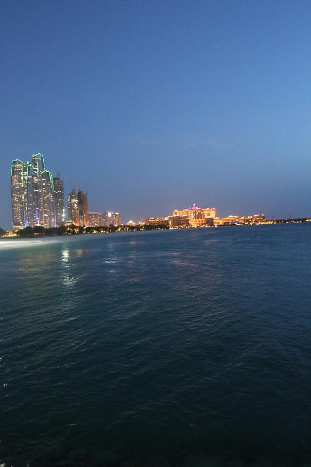 IMG_7754_Marina Mall Corniche_019
