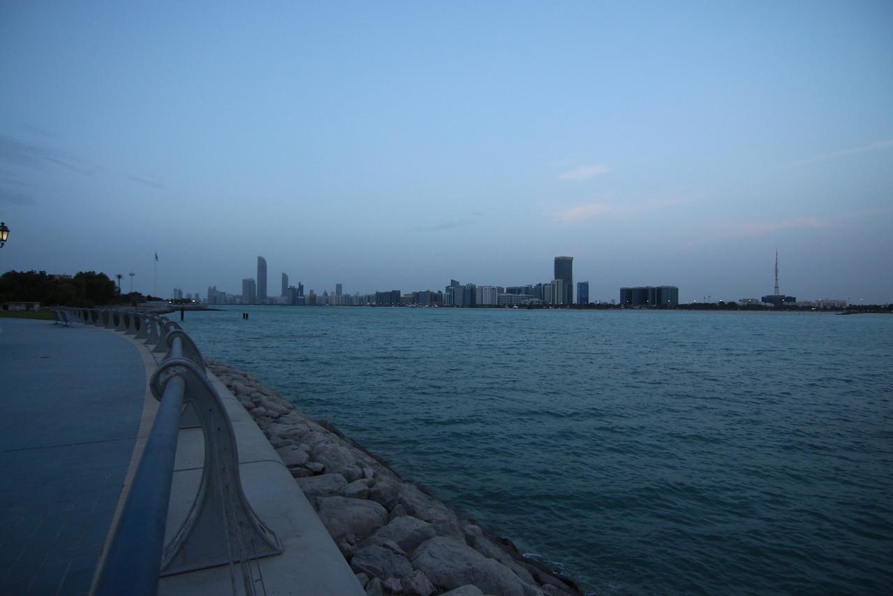 IMG_7744_Marina Mall Corniche_009