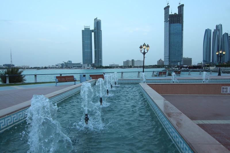 IMG_7741_Marina Mall Corniche_006