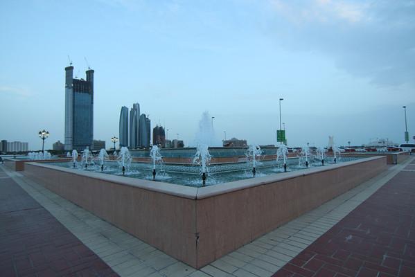IMG_7738_Marina Mall Corniche_004