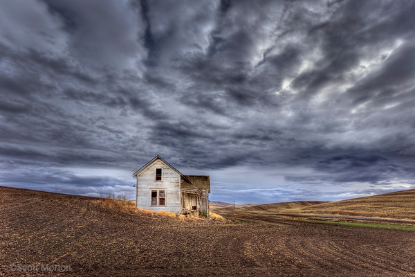 Abandoned Farm House – Pullman, WA