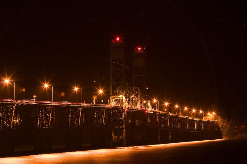 Hood River Toll Bridge.