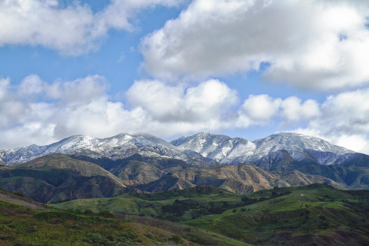 Modjeska and Santiago Peaks with snow