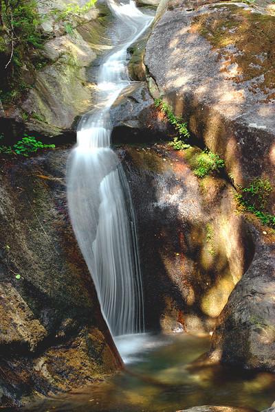 Martin Creek upper falls vert.
