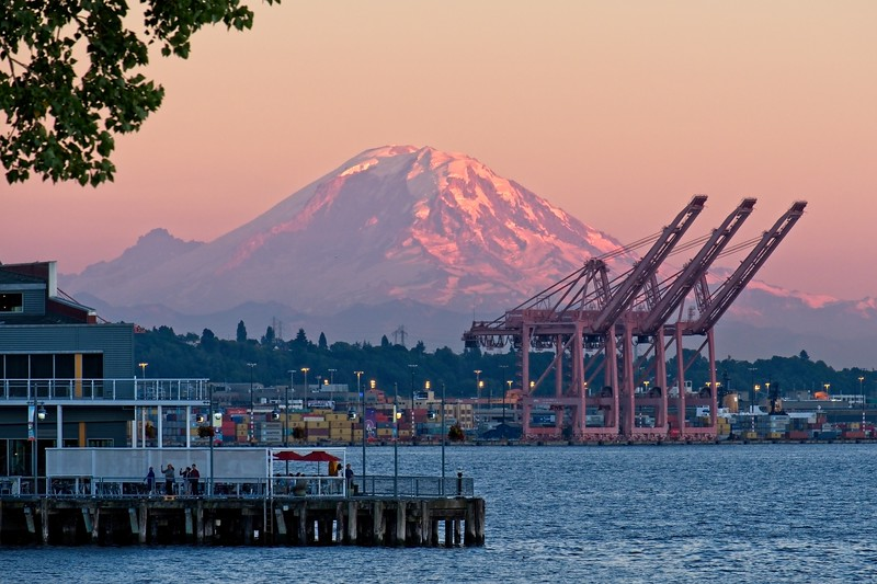 Sunset on Mt. Rainier from Myrtle Edwards Park