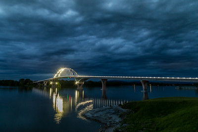 Champlain Bridge at Night