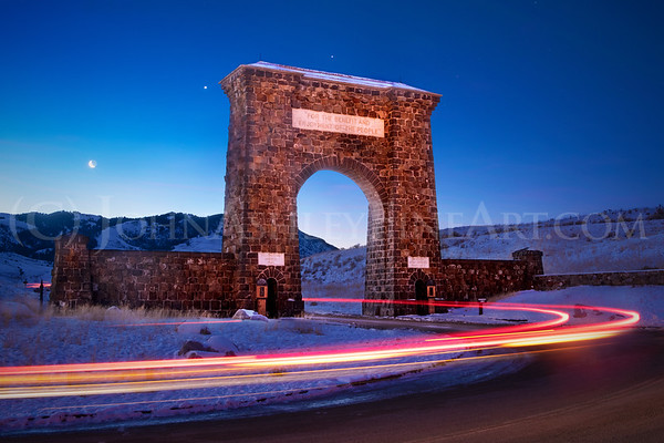 """Roosevelt Arch, Yellowstone National Park."""